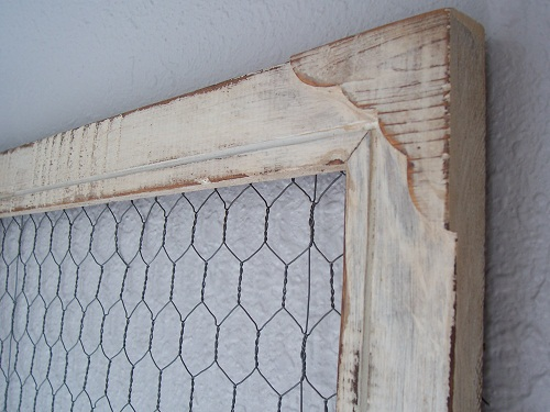 DIY PROJECT - CHICKEN WIRE FRAME - DECORATING ON A BUDGET ...