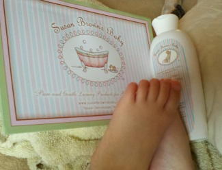 SUSAN BROWN'S BABY DEAD SEA SALT FOOT SOAK AND FOOT THERAPY CREAM REVIEW