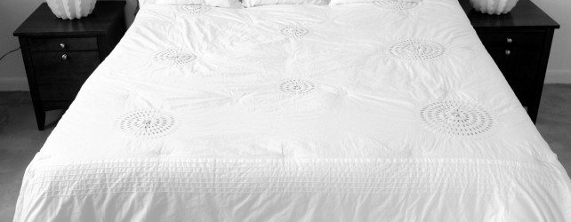 How to Wash, Whiten and Re-Fluff (or Replace) Your Pillows
