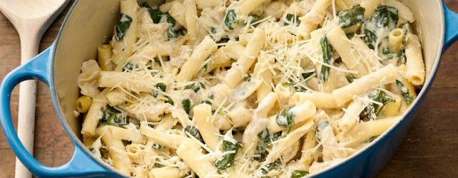 Cooking On A Budget: Spinach & Chicken Pasta In One Pot!
