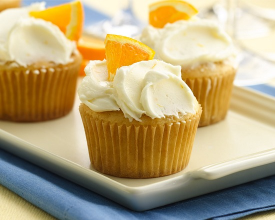 BETTY BRACKETS RECIPE : OVER THE MOON WHITE ALE CUPCAKES