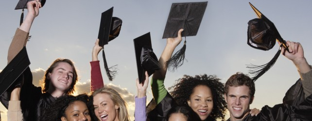 Graduation Freebies + Gift Ideas 2013 – Find the Perfect Gift for your Graduate