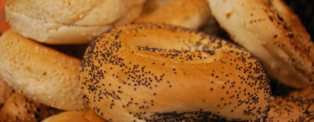 Celebrate National Bagel Day this weekend with FREEBIES!