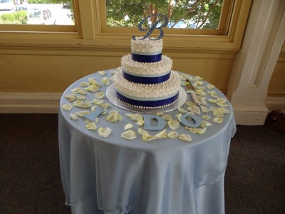 affordable wedding cakes in houston cheap wedding cakes wedding on a budget 10564
