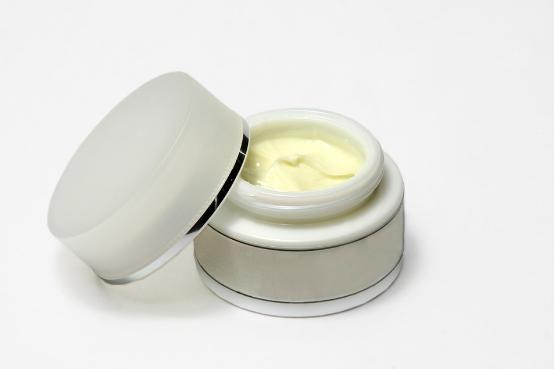white bottle for beauty cream